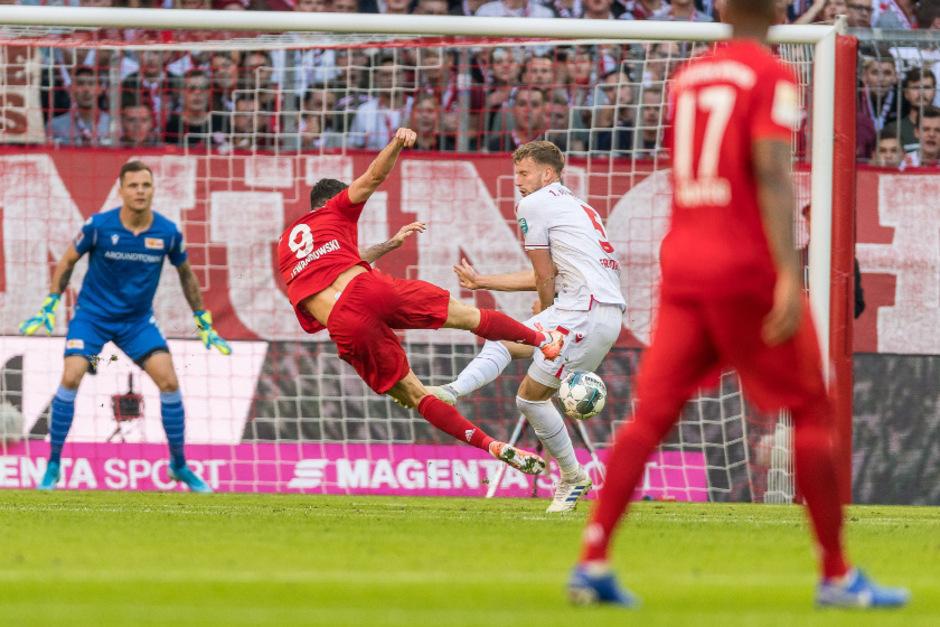 Robert Lewandowski traf auch am neunten Spieltag für die Bayern - Rekord in der deutschen Bundesliga.