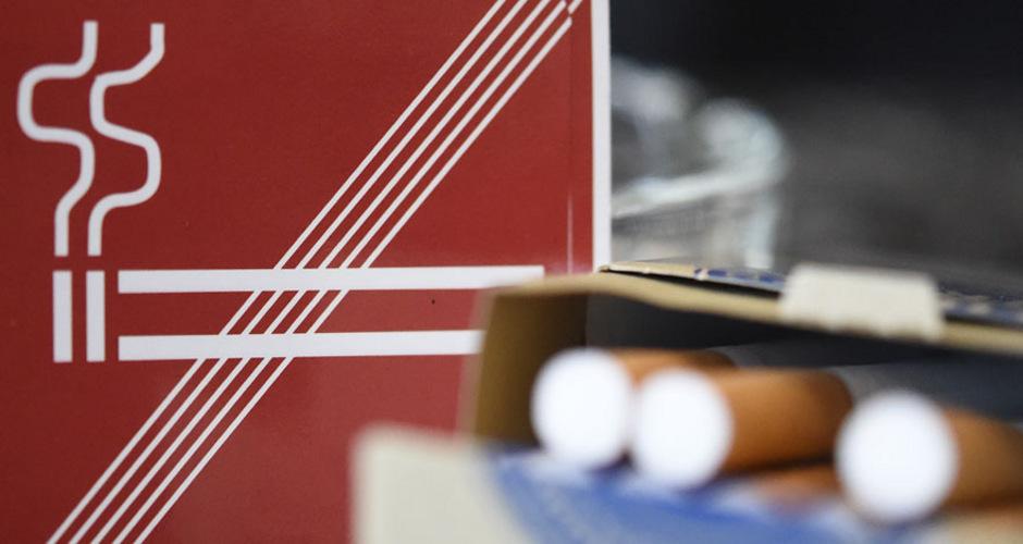 Die Zigarette an der Bar ist ab 1. November verboten. Kunden und Wirte riskieren hohe Strafen, wenn das Rauchverbot missachtet wird.