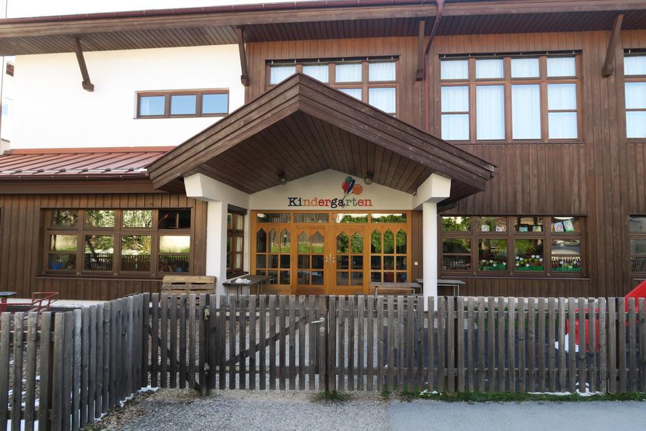 Der Kindergarten in Westendorf ist zu klein geworden, nun ist die Gemeinde auf der Suche nach Platz.