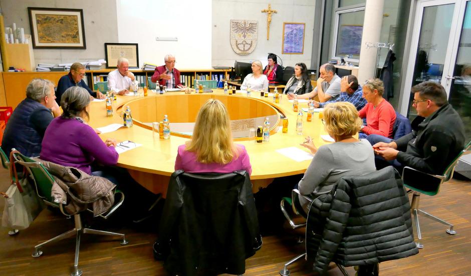 Der Radfelder Gemeinderat will einen Jugendtreff einrichten.