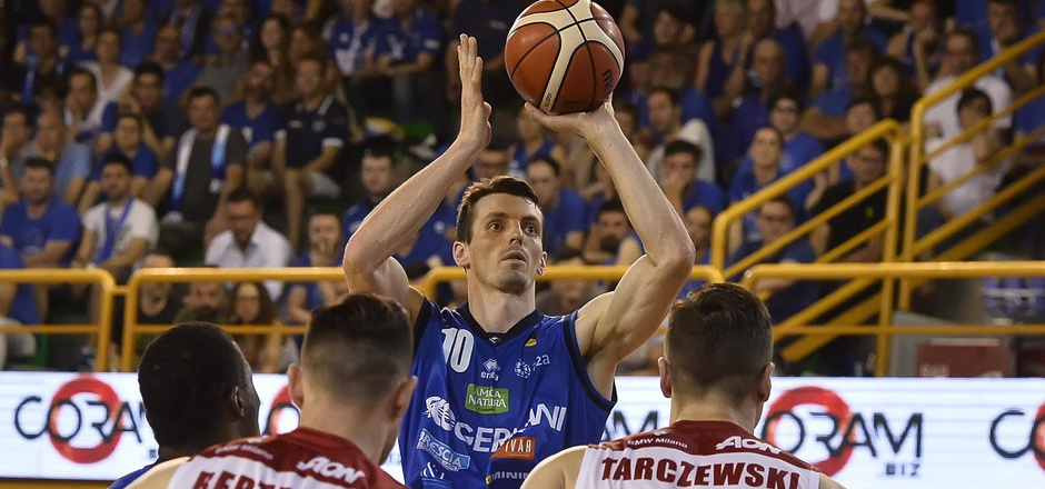 Zwischen 2005 und 2019 stand der 36-jährige Innsbrucker in insgesamt 439 Partien in der Serie A auf dem Basketball-Parkett.