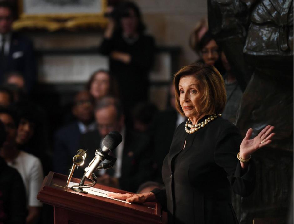 Nancy Pelosi, Sprecherin der Parlamentskammer, kündigte eine erste Plenumsabstimmung an.