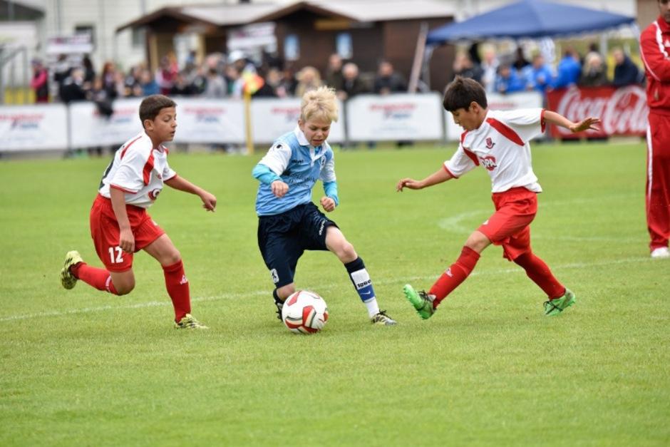 Über 3000 junge Spieler aus 160 Mannschaften und 20 Nationen liefern sich beim Cordial Cup ein sportliches und friedliches Stelldichein.