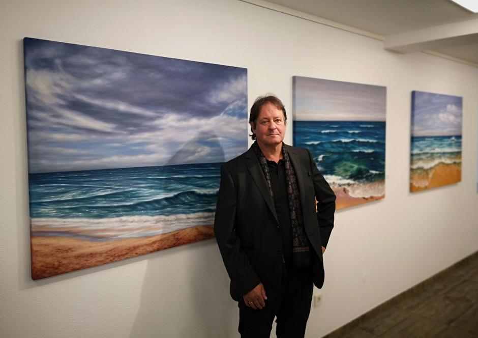 Der Atlantik vor Portugal – dargestellt von Künstler Roland Böck.