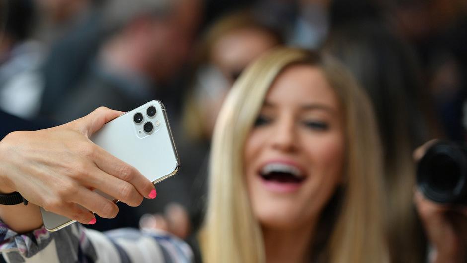 Die neuen Premium-iPhones haben drei Kameras.