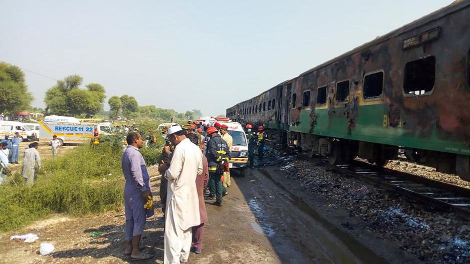 Mehr als 200 Passagiere sind in den drei betroffenen Waggons gereist.