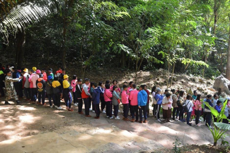 Bei der Wiederöffnung der Höhle standen die Besucher Schlange.