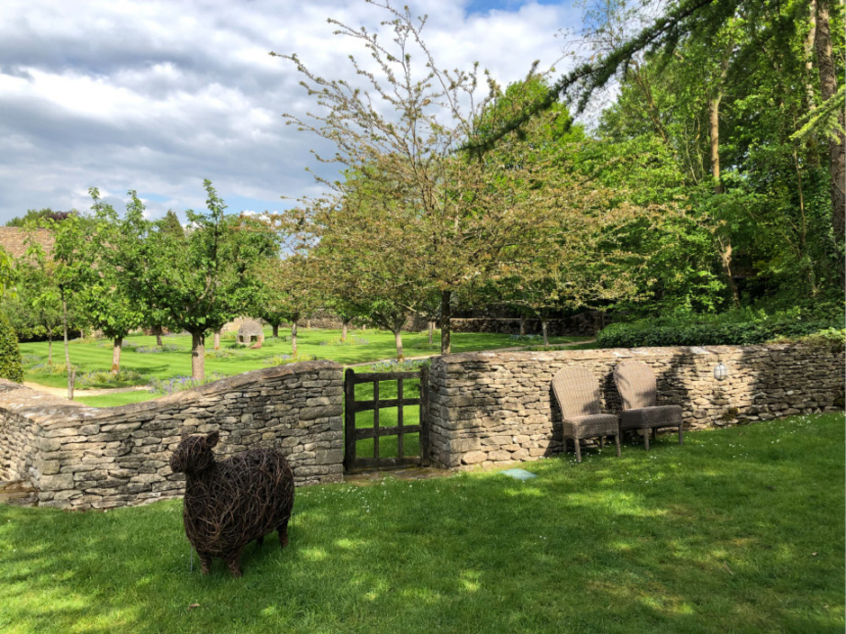 """Der Eingang zum """"Bio-Paradies"""" von Prinz Charles in Highgrove."""
