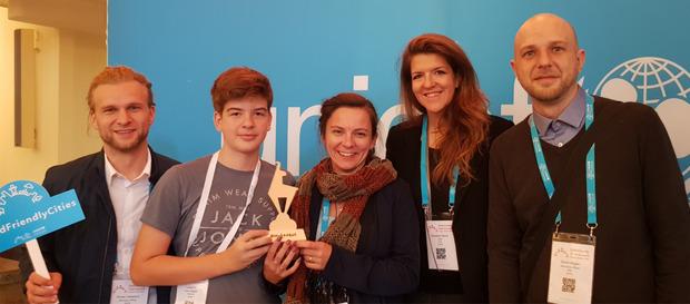 Florian Hadatsch (UNICEF), Lukas Hanser, GR Andrea Watzl, Elisabeth Wenzel (Familie und Beruf Management Gmbh), David Hagen (UNICEF Österreich; v.l.) beim Summit.