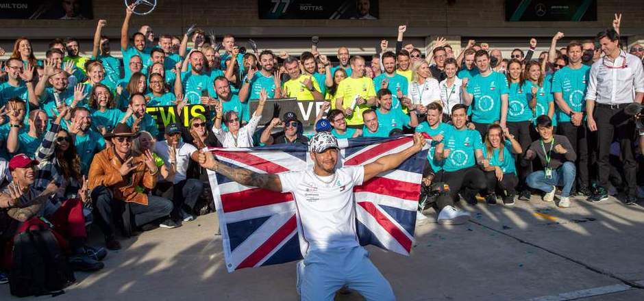 Gemeinsam mit dem Mercedes-Team feierte Lewis Hamilton seinen sechsten WM-Titel in der Formel 1.