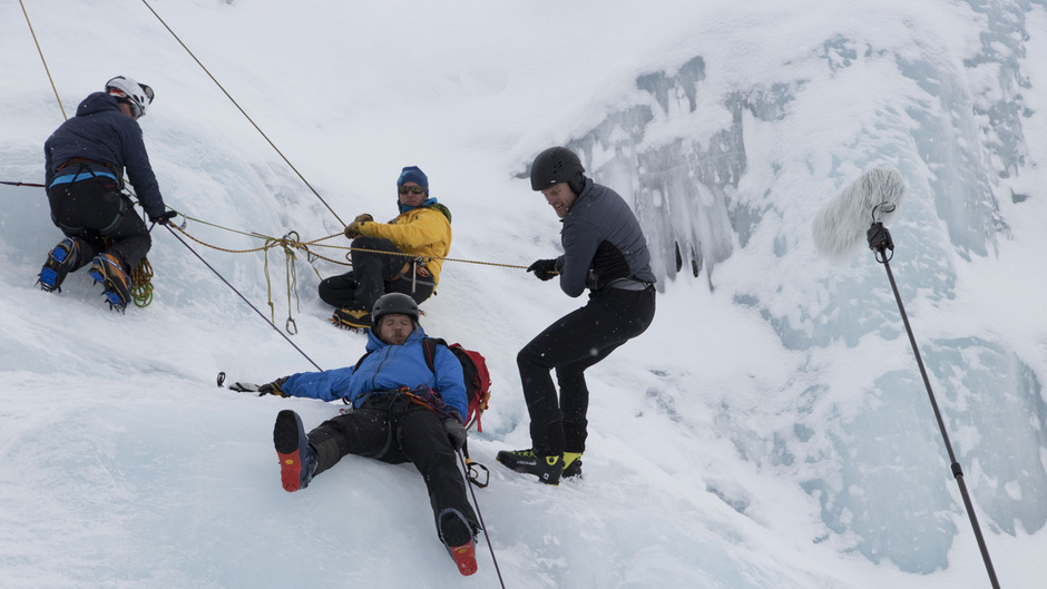 Ehrenamtliche riskieren viel, um anderen Menschen am Berg zu helfen. Der Dank ist den Bergrettern nicht gewiss.