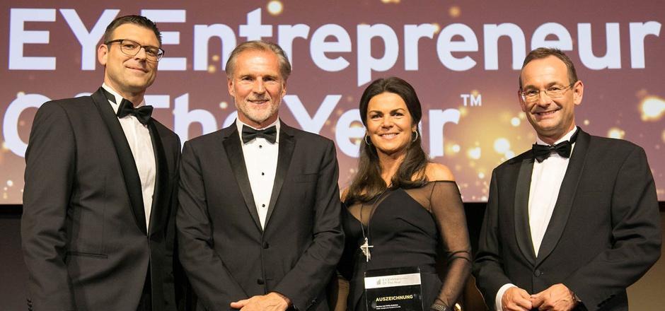 Gunther Reimoser (EY-Österreich-Country-Managing-Partner), Markus und Ulrika Gutheinz sowie Erich Lehner (EY-Entrepreneur-Of-The-Year-Program-Partner; v.l.) bei der Preisverleihung.