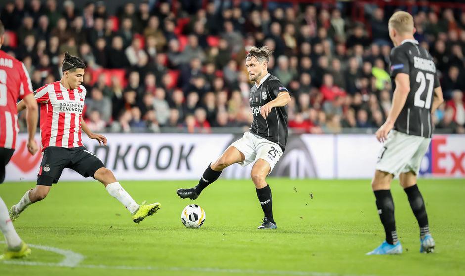 James Holland und der LASK spielen gegen PSV auf Sieg.
