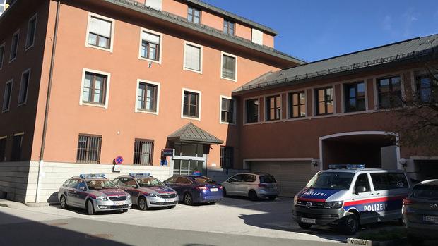 Die Verdächtigen wurden in der Polizeiinspektion Kufstein einvernommen.