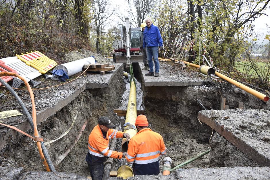 Die Erdgasleitung wird gerade zwischen Nassereith und Seeeck errichtet. Es braucht noch eine Station zur Reduzierung des Gasdrucks.