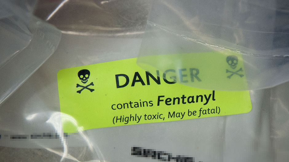 Das Schmerzmittel Fentanyl ist in den USA Todesdroge Nr. 1. Auch in Europa setzt sich das Mittel immer mehr durch.