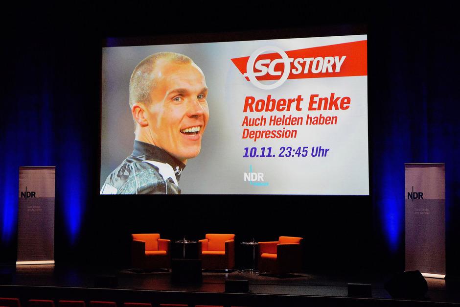 DFB-Teamgoalie Robert Enke nahm sich vor zehn Jahren das Leben. Ein bewegender Film erinnert daran.