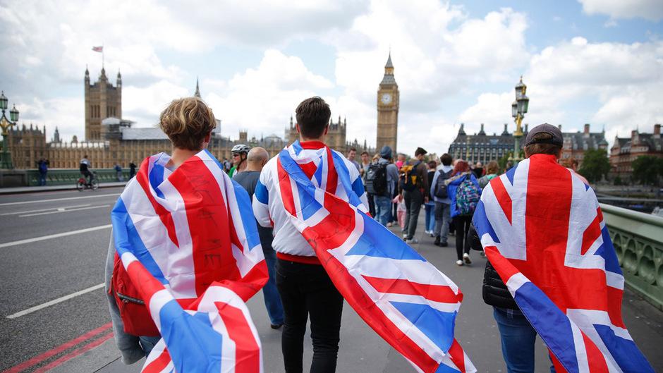 Großbritannien blickt einer ungewissen Zukunft entgegen.