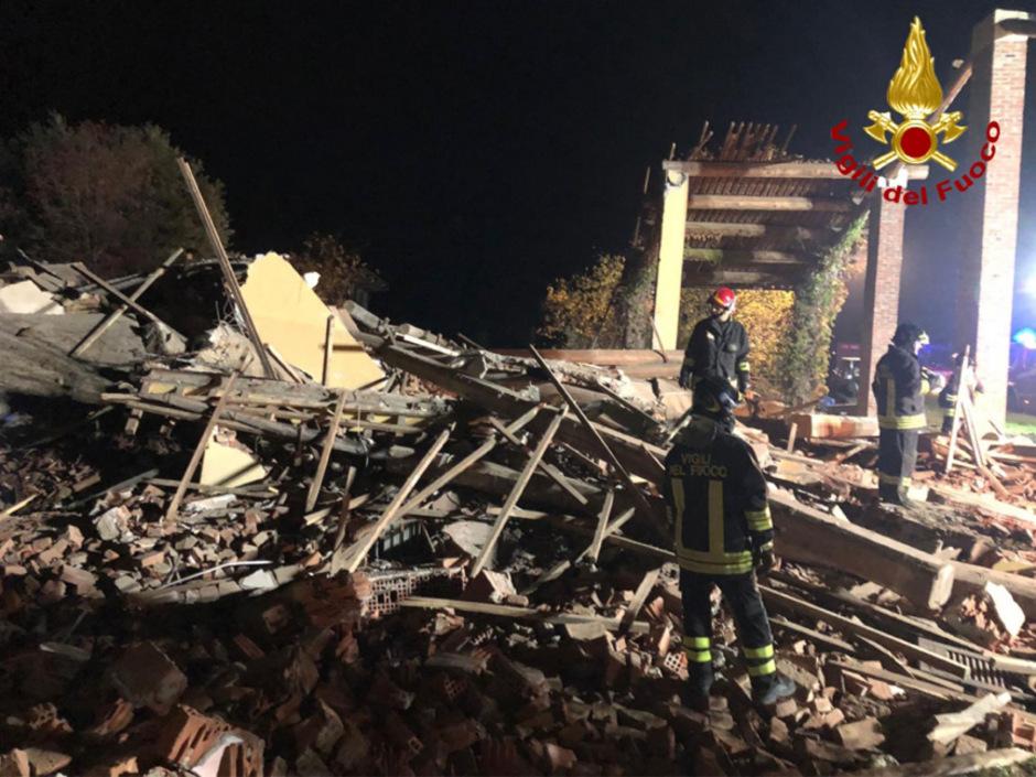 Drei Feuerwehrleute kamen bei der Explosion ums Leben.