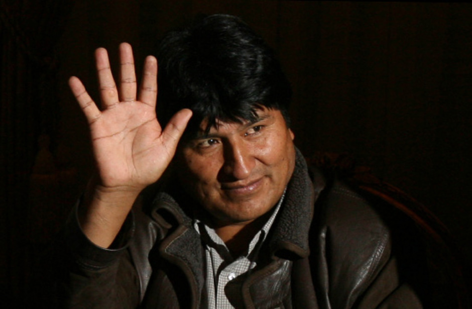 Evo Morales ist nach dem Druck aus der Bevölkerung und aus dem Militärapparat zurückgetreten.