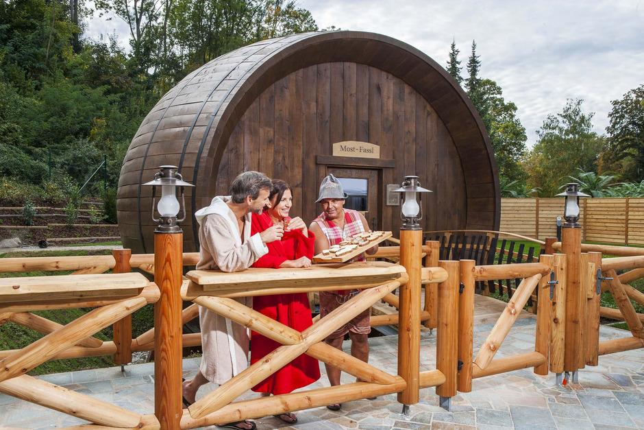 Das größte Holzfassl der Welt ist bei uns eine Sauna.