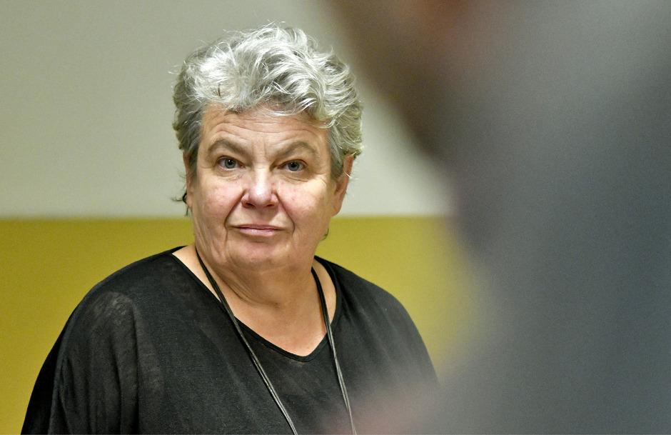 Die frühere kaufmännische Burgtheater-Geschäftsführerin, Silvia Stantejsky, am Donnerstag vor Prozessbeginn wegen Bilanzvergehen, Untreue und Veruntreuung im Straflandesgericht Wien.