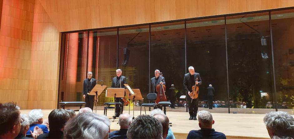 """Gefeierte Gäste in Innsbruck. Eugene Drucker, Philip Setzer, Paul Watkins und Lawrence Dutton (v.l.), besser bekannt unter der Sammelbezeichnung """"Emerson String Quartet""""."""