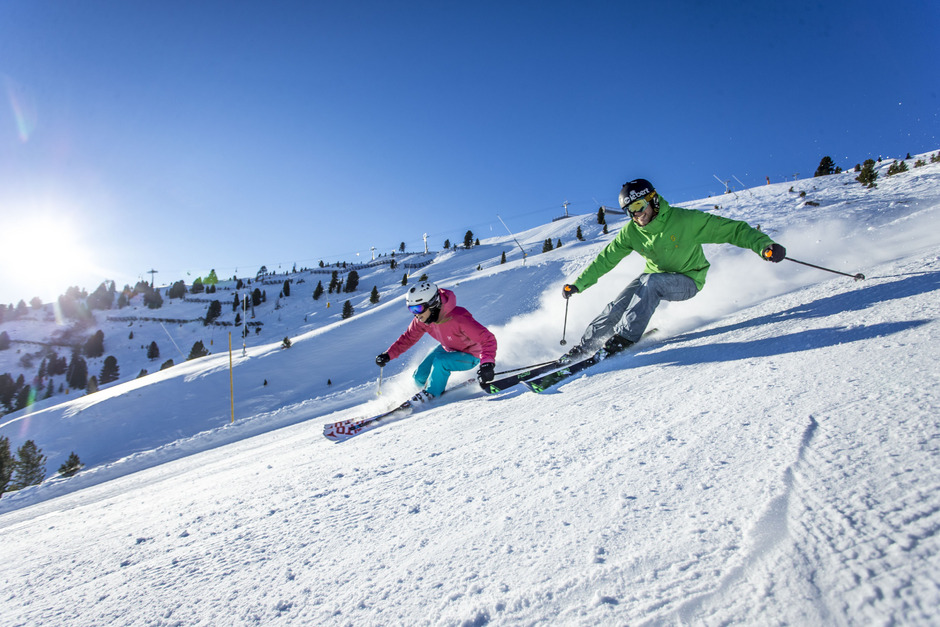 Aufgrund der guten Schneelage öffnen die Lifte im Skigebiet Hochzillertal heuer früher als geplant.