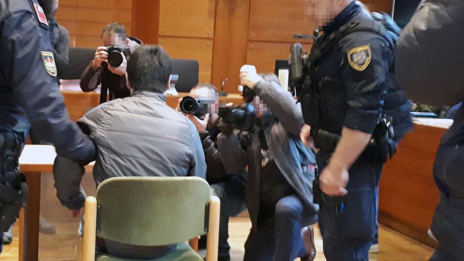 Nach einer tödlichen Messerattacke in Innsbruck Ende November 2018 musste sich der Angeklagte ein Jahr später vor Gericht verantworten.