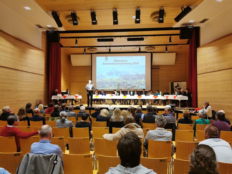 Der Andrang zur Gemeindeversammlung in Kitzbühel hielt sich in Grenzen.