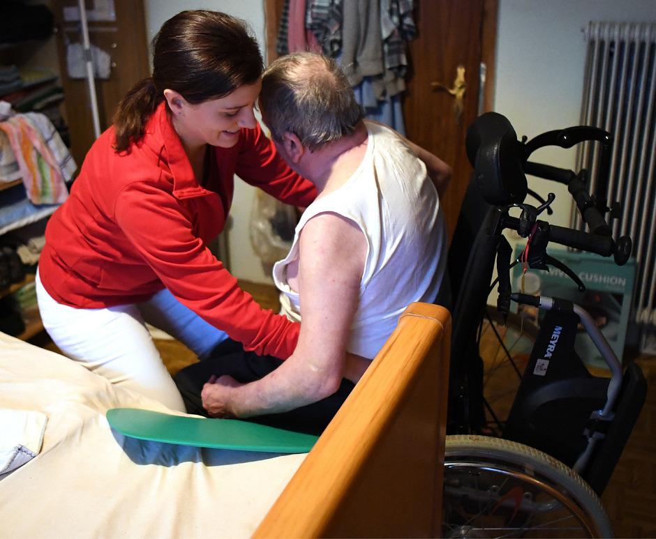 Der Pflegebereich kämpft mit einem Personalmangel.