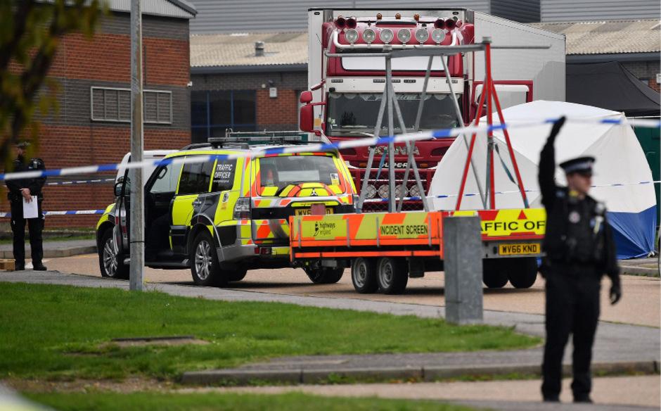 39 Tote wurden im Oktober in einem Industriegebiet nahe London entdeckt. Es handelte sich um Vietnamesen.