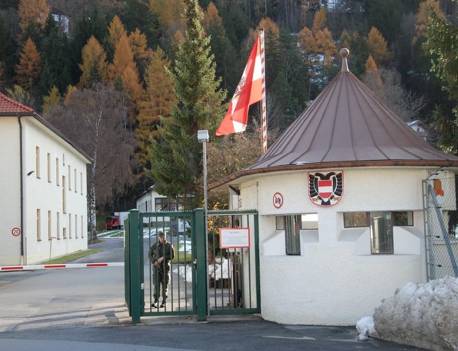 Die Pontlatz-Kaserne wird seit wenigen Wochen erstmals von regionalen Lebensmittelproduzenten beliefert.