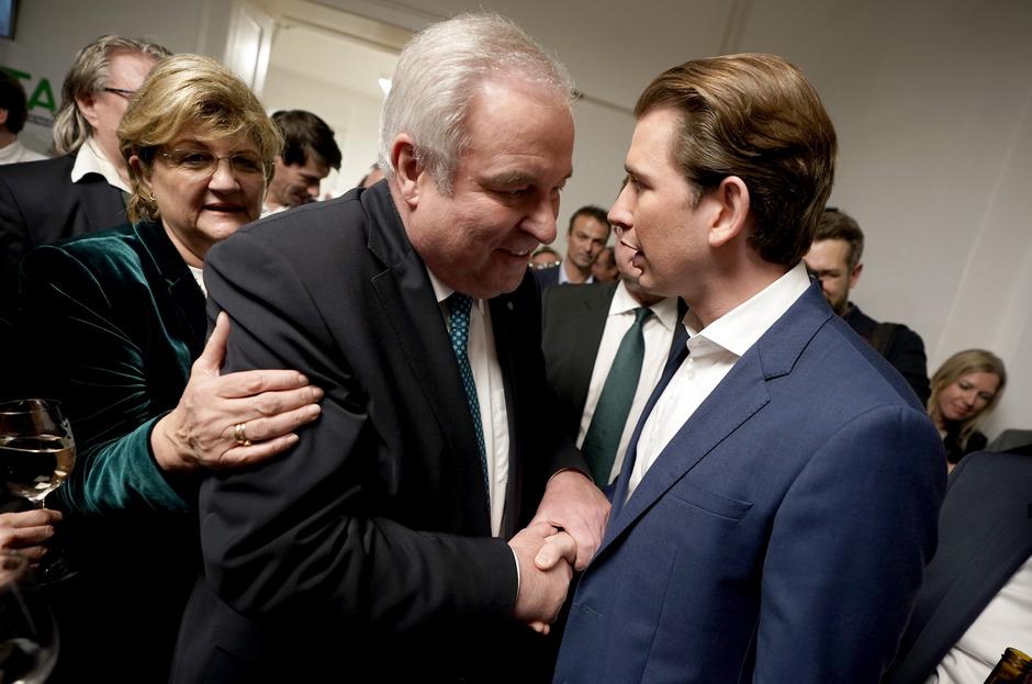 Der steirische Landeshauptmann Hermann Schützenhöfer und ÖVP-Chef Sebastian Kurz (r.).