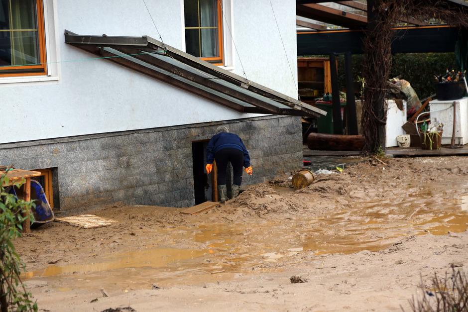 Vermurung nach heftigen Niederschlägen gab es vor allem in Kärnten. Dort müssen die Versicherungen mehrere Millionen Euro für die Schadensbehebung auszahlen.