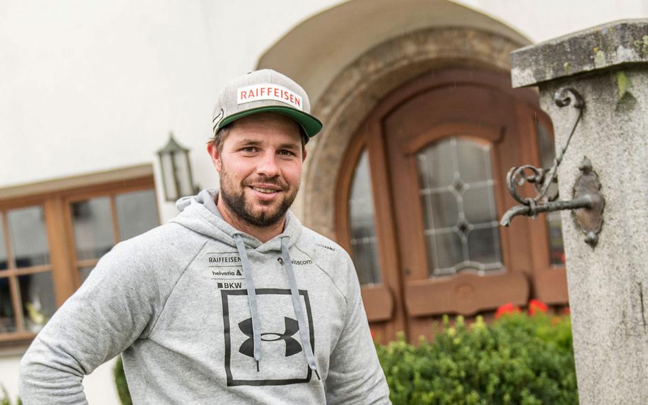 In Aldrans hat der 32-jährige Schweizer Abfahrts-Weltmeister Beat Feuz vor Jahren seine Heimat gefunden - bald geht es nach Oberperfuss.