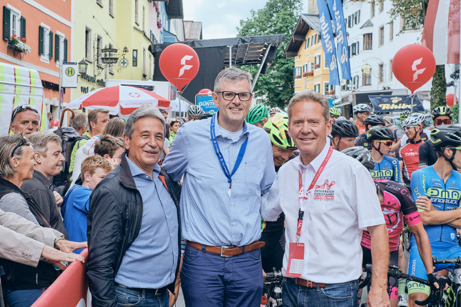 Bürgermeister Klaus Winkler, 1. Vizebürgermeister Gerhard Eilenberger und Tourdirektor Franz Steinberger freuen sich auf den neuen Radmarathon.