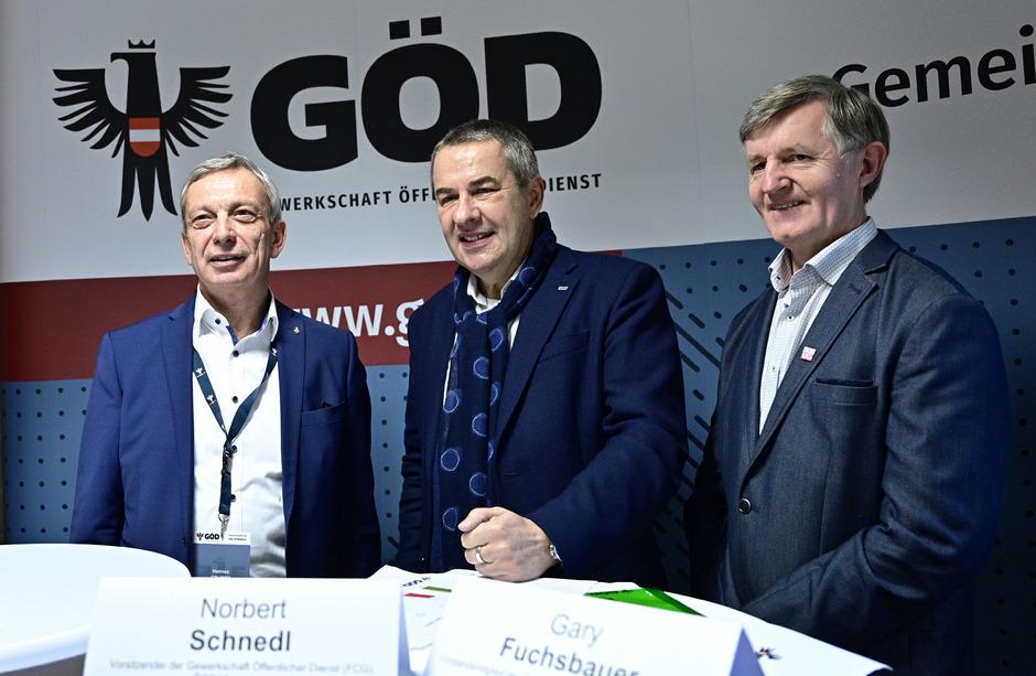 GÖD Vorsitzender-Stellvertreter Hannes Gruber (FSG), GÖD-Vorsitzender Norbert Schnedl (FCG) und GÖD-Vorstandsmitglied Gary Fuchsbauer (UG).