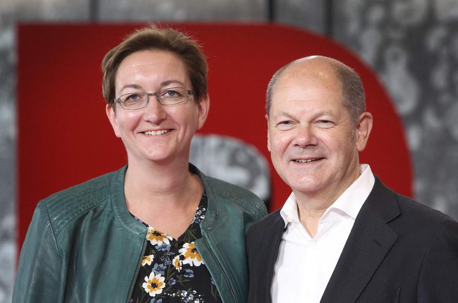 Klara Geywitz (.) und Olaf Scholz stehen noch zur Auswahl.