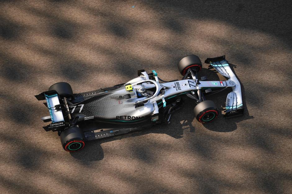 Mercedes-Pilot Valtteri Bottas hatte in Abu Dhabi die Nase vorne.