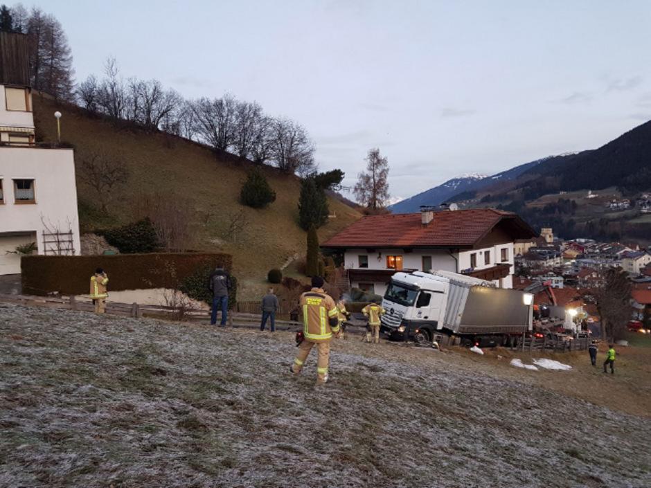 Eigentlich wollte der ausländische Lkw-fahrer Material zur Baustelle des Brennerbasistunnel anliefern.