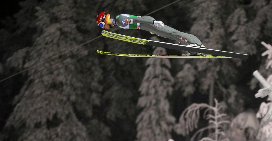 Philipp Aschenwald sprang in Ruka erstmals auf das Podest.