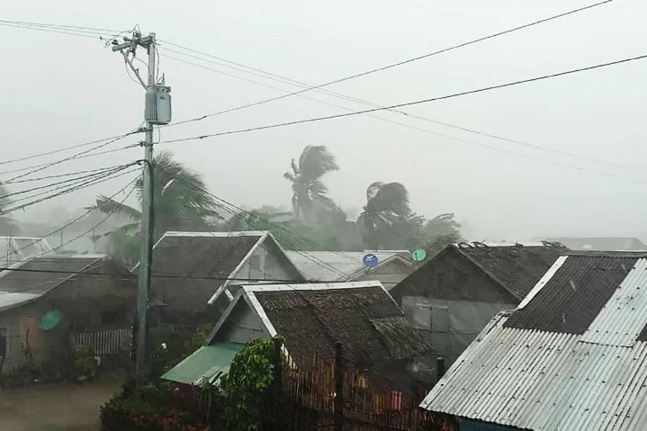 """Der Tropensturm """"Kammuri"""" steuert auf die Hauptinsel Luzon auf den Philippinen zu."""