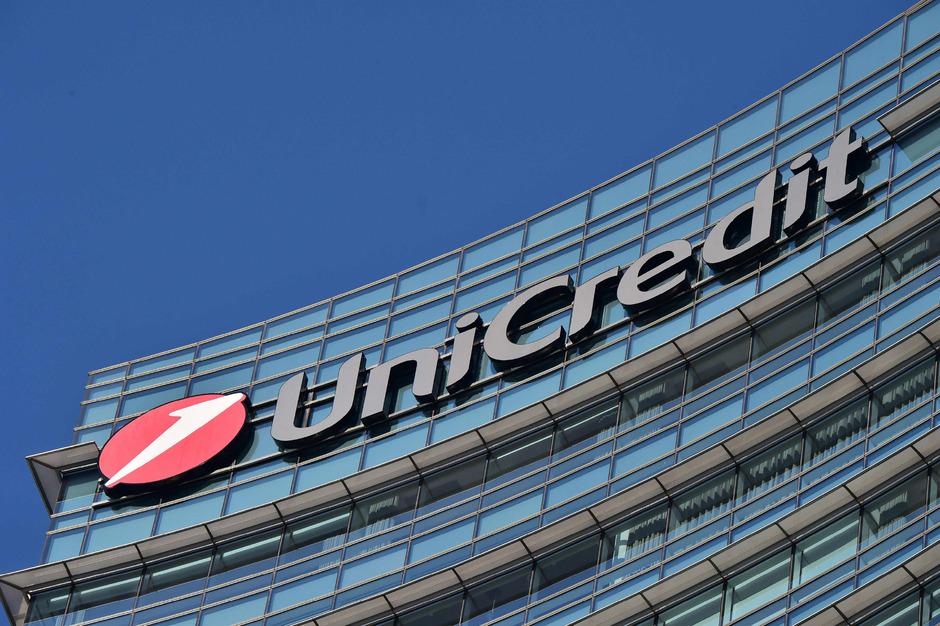 Die Mailänder Bank könnte jedoch weitere Probleme wegen des Betrugsfalls in China bekommen.