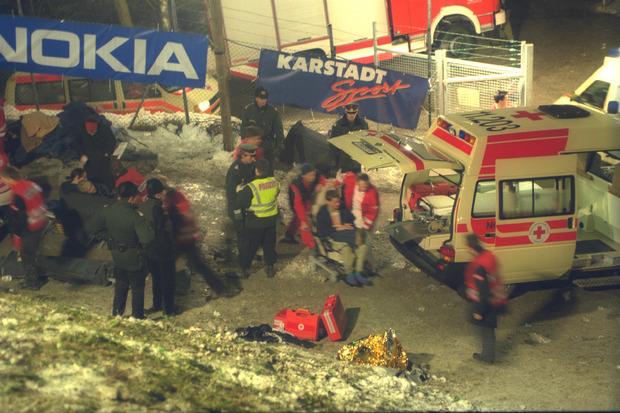 Auch die Einsatzkräfte waren an diesem schicksalshaften 4. Dezember 1999 über die Maßen gefordert.