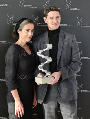 Mercedes Echerer, Obfrau der Akademie des Österreichischen Films, und Schauspieler und Vorstandsmitglied Andreas Kiendl bei der Präsentation der Nominierten.
